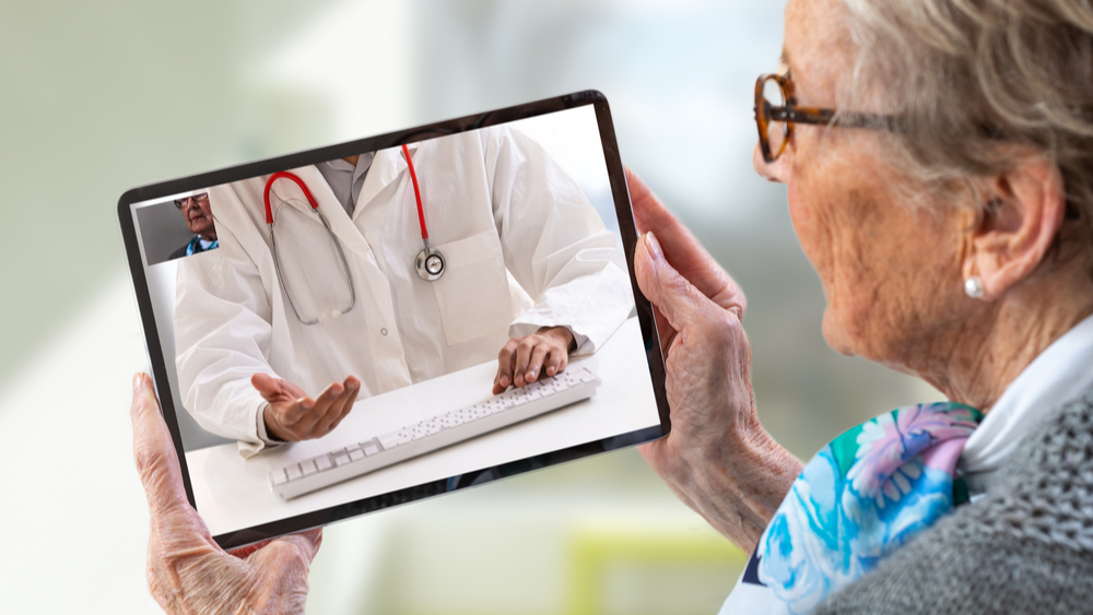 E-health doctor on tablet