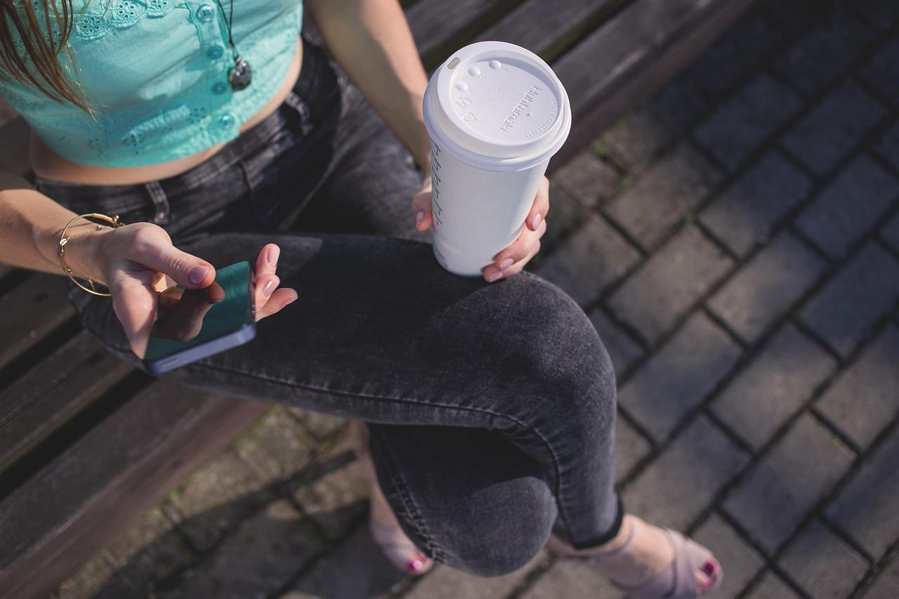 buy-coffee-with-smartphone.jpg