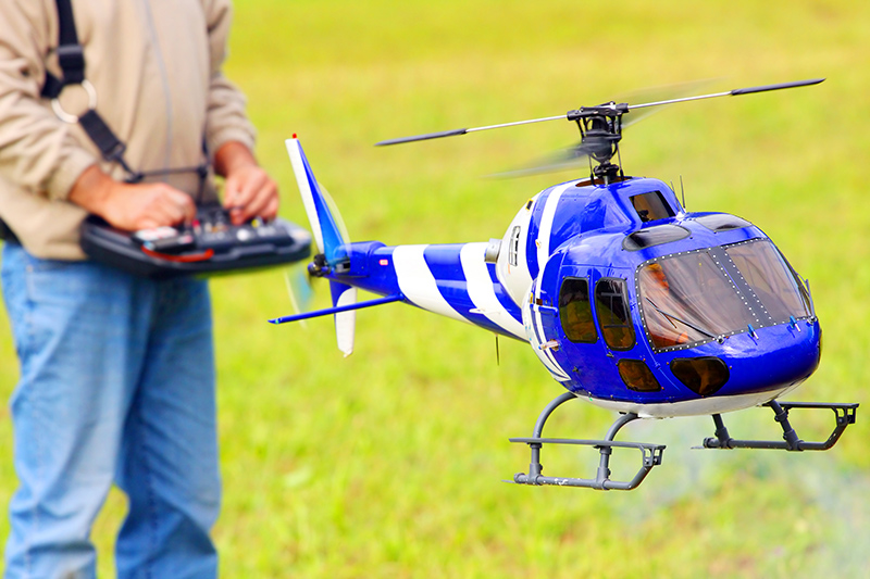 radio-controlled-helicopter